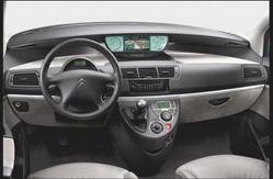Essai Citroën C8 2.2 HDi 16V Exclusive